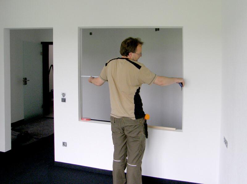 Badezimmer – Glasabtrennung – Massabnahme – Glasmalerei Sattler