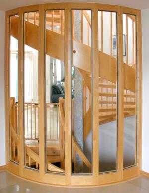 Absturzsicherung/Trennwand aus Glas - Vorher ohne Gestaltung