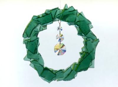 Glasmalerei Sattler - Fensterbild aus geschmolzenem Glas in grün