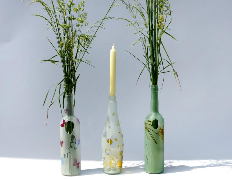 die besonderen flaschen als accessoires als vase oder kerzenst nder glasmalerei sattler. Black Bedroom Furniture Sets. Home Design Ideas