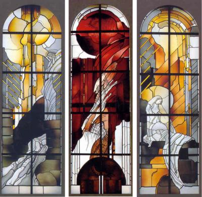 Kirche Görisried, Entwurf: Anita Rist-Geiger, Ausführung: Glasmalerei Sattler