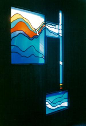 Fenstergestaltung Kirche, Entwurf: Franz Höchstötter, Ausführung: Glasmalerei Sattler
